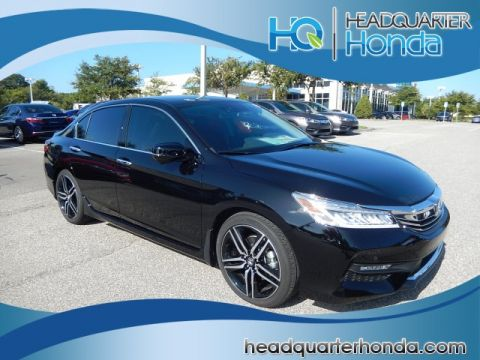 2017 Honda Accord 4DR Touring